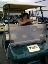 Dana-in-Cart-2sm